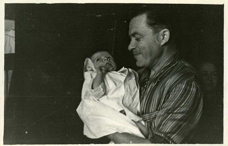 DedILyalya1958